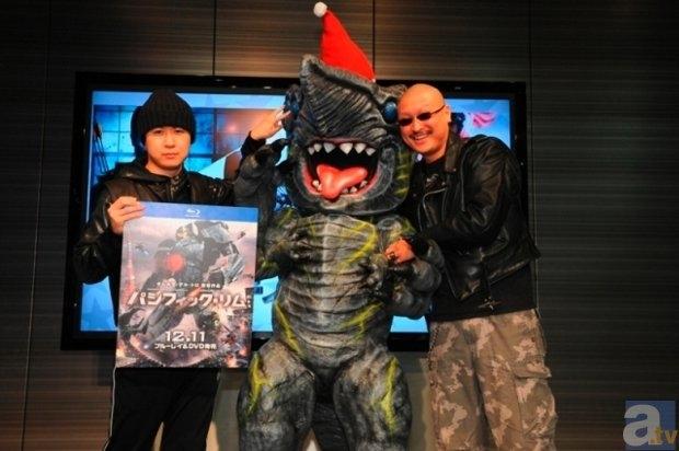杉田さんが登壇した『パシフィック・リム』トークイベの公式レポ到着