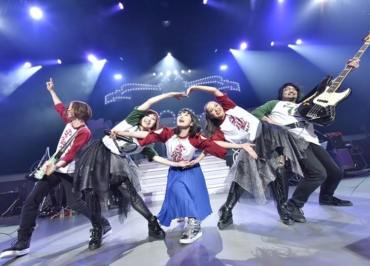 東山奈央オフィシャルクラブ『虹のわっか』初となるライブイベント「にじかいっ!! vol.1」レポート