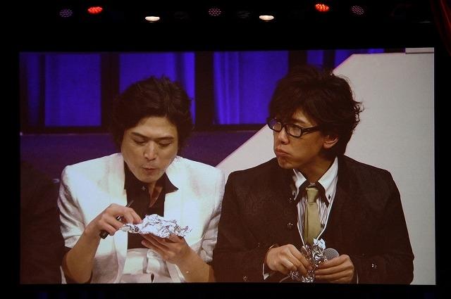 小野友樹さん、高橋広樹さん、佐藤拓也さんが家族コント!?  TVアニメ『抱かれたい男1位に脅されています。』スペシャルイベント「オペラ座の怪人に脅されています。」夜の部レポートの画像-32