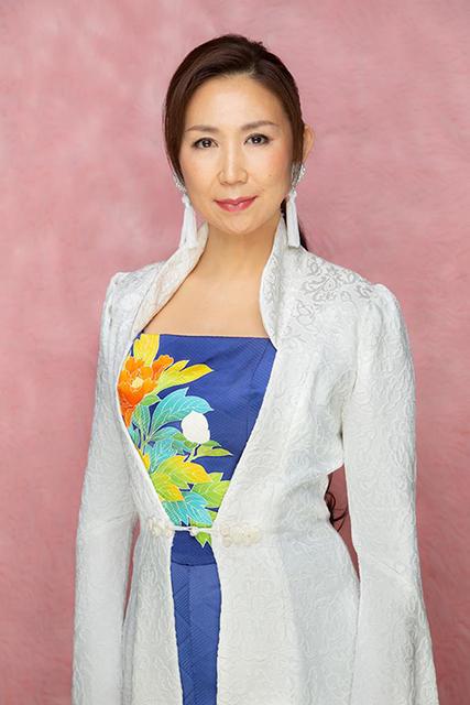 歌手・高橋洋子さんのミニアルバム「EVANGELION EXTREME」が発売決定!『エヴァンゲリオン』遊技台に搭載された楽曲を中心に収録。表題曲は書き下ろしの新曲「赤き月」
