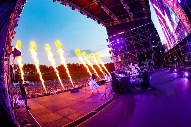 Roseliaの単独ライブ「Flamme」&「Wasser」のオフィシャルレポートが到着! また、1st Liveから、Roselia Live「Vier」まで収録のライブ映像がBlu-rayでリリース決定