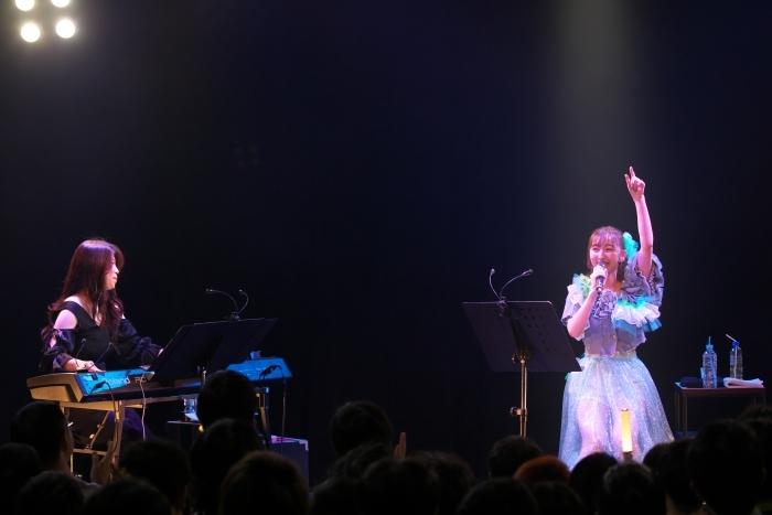 飯田里穂さん「皆さんの毎日が特別な毎日になりますように」Riho Iida Acoustic Tour 2019 -rippihylosophy-追加公演レポート