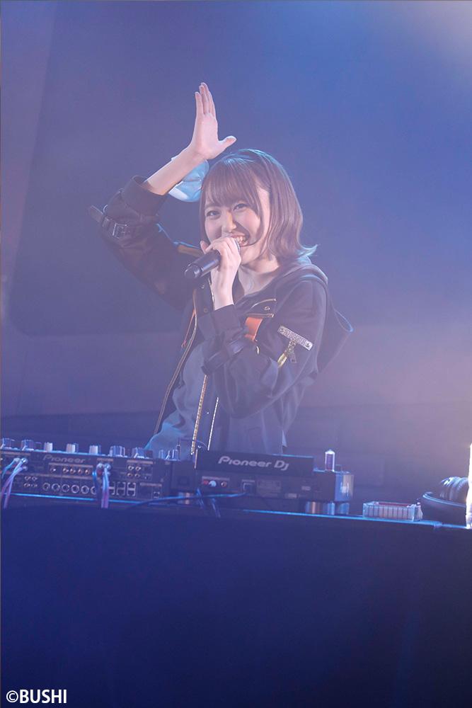 Dではじまる新世界は無観客でも関係ない!『ロストディケイド & D4DJ Groovy Mix Presents ONLINE LIVE』レポート
