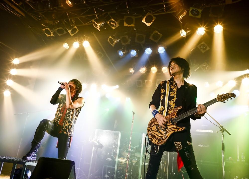 ロックユニット「GRANRODEO」生配信ライブの公式レポート到着!