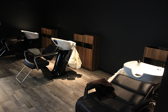 """BGMはアニソン、店員も全員オタク! 聖地・秋葉原の""""オタク向け美容室""""「OFF-KAi!!」が移転、新店舗では世界初の「しゃべりたくないゲート」を導入の画像-5"""