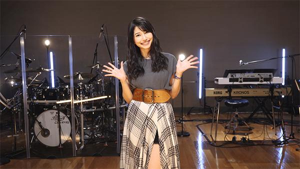 声優・シンガー雨宮天さん、9/27開催オンラインライブへのコメント動画公開! 自身初となるライブ引き語りを発表、しかも「奏(かなで)」をカバー-1