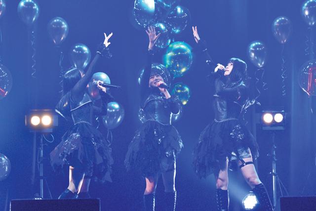 「Run Girls, Run! Online Live ~ランガリング・リンクライブ♪~」昼公演レポート!23歳になった厚木那奈美さんがソロ曲『逆さまのガウディ』を初披露-3