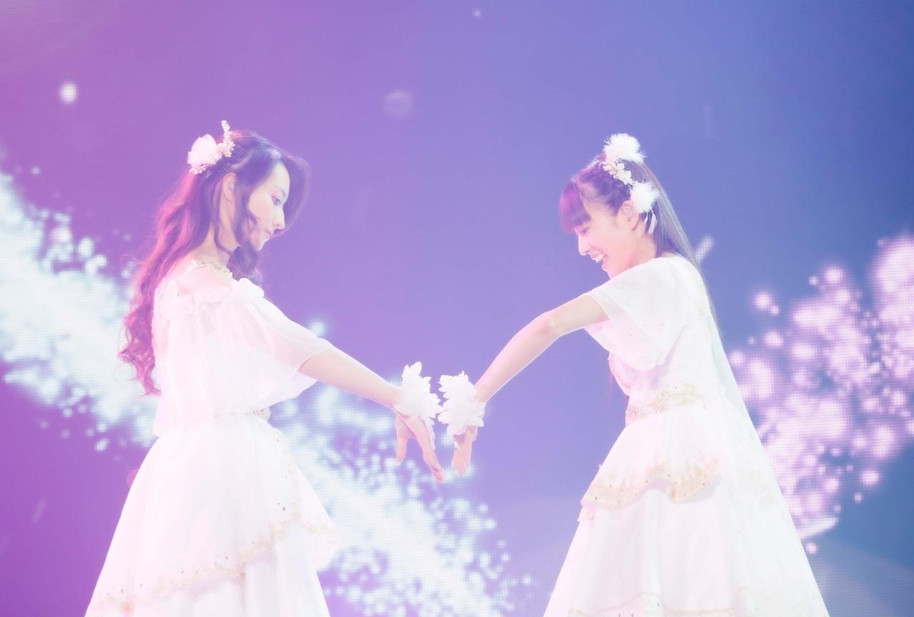 音楽ユニット・ClariSがデビュー10周年ライブで素顔を初披露