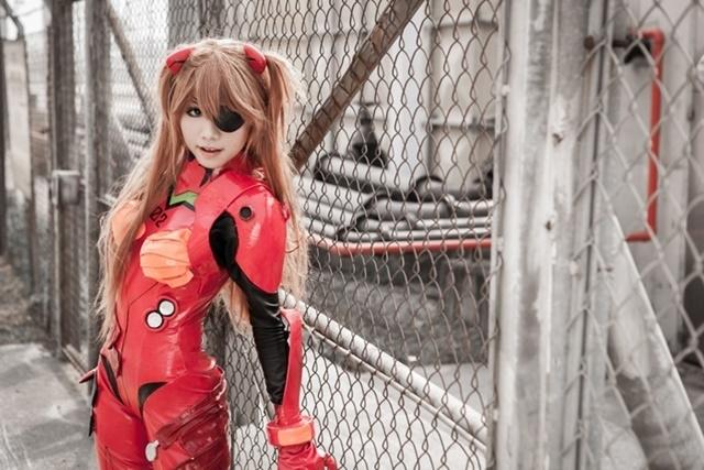 アニメ『エヴァンゲリオン』より、レイ&アスカのコスプレ特集! 彼女たちのプラグスーツ姿などをピックアップ