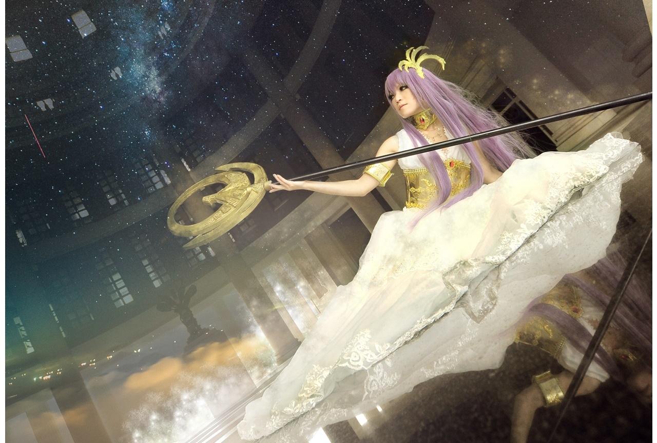 『聖闘士星矢』城戸沙織(アテナ)、魔鈴のコスプレ特集