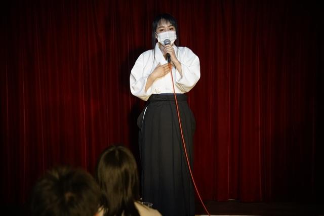 横山智佐さんが北辰一刀流を体験する古武術トークイベント、メイド喫茶「made mode」で開催!-13