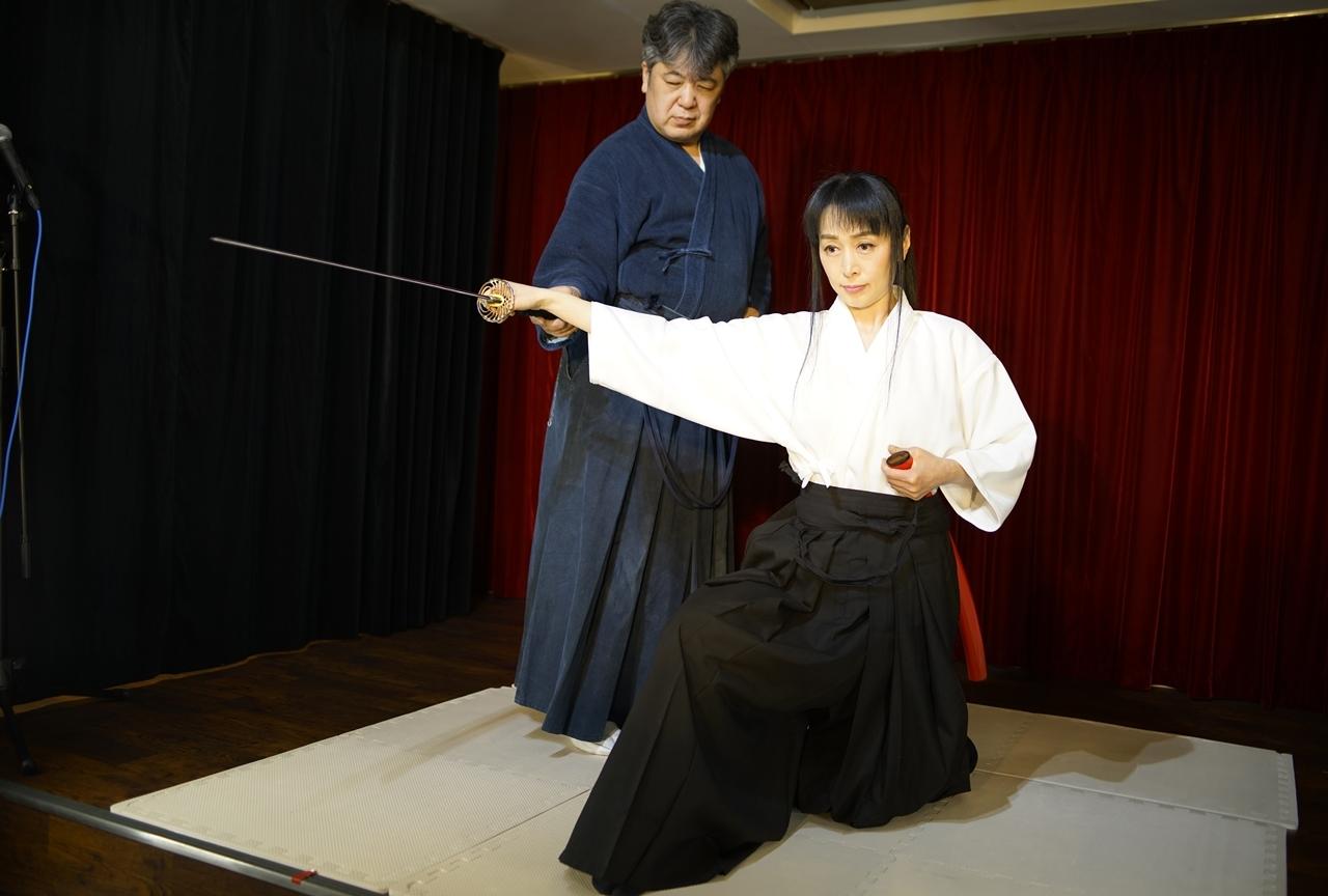 横山智佐さんが北辰一刀流を体験する古武術トークイベントが開催!