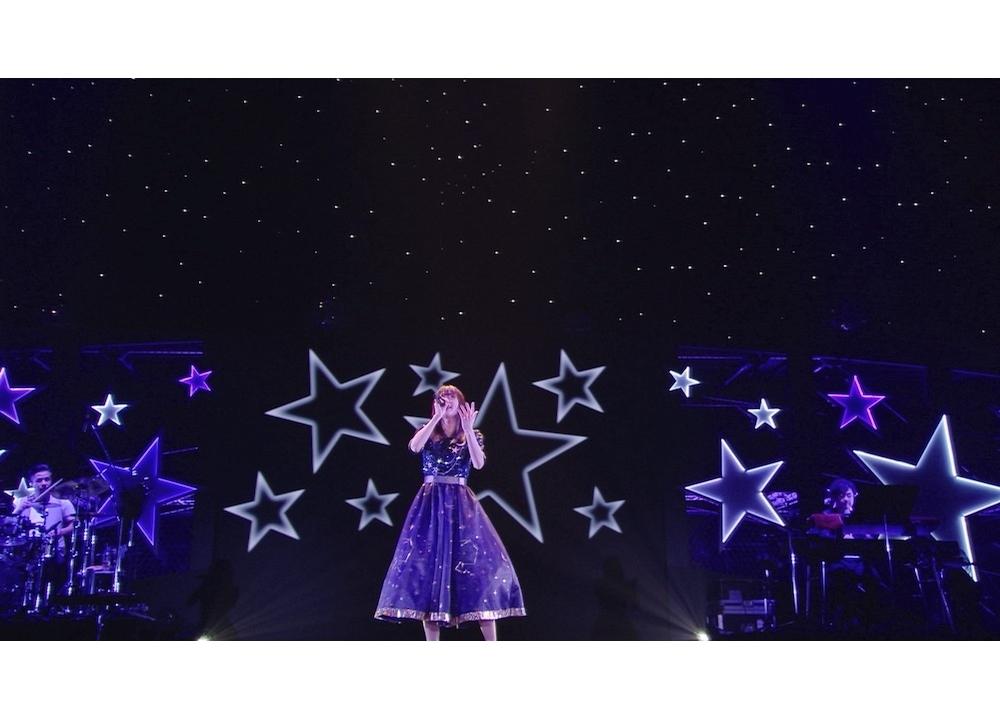 声優・水瀬いのりのアーティストデビュー5周年記念オンラインライブBDより「Starlight Museum」フル公開!