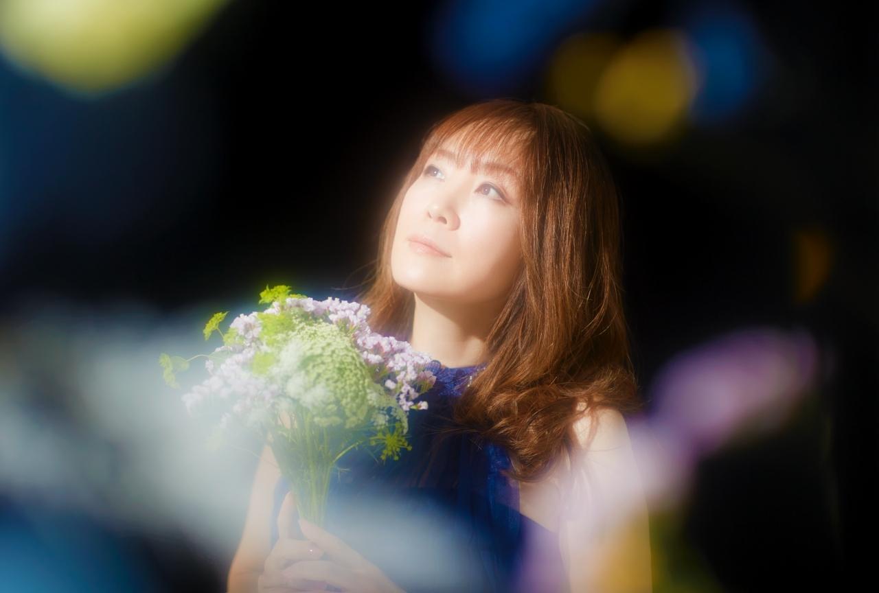 奥井雅美 3年ぶりのソロアルバムは「陰と陽」など様々な2面性をテーマに/インタビュー