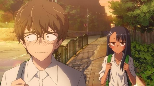 春アニメ『イジらないで、長瀞さん』第2話の先行場面カット&あらすじ到着! 長瀞さんのイジりに翻弄され続けるセンパイ、そして一人ファミレスへやって来ると……v-3