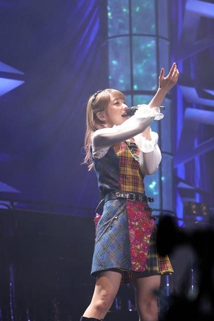 初のアリーナライブで20曲を披露!「大橋彩香ワンマンライブ2021~Our WINGS~」終演後公式レポート&本人コメントが到着