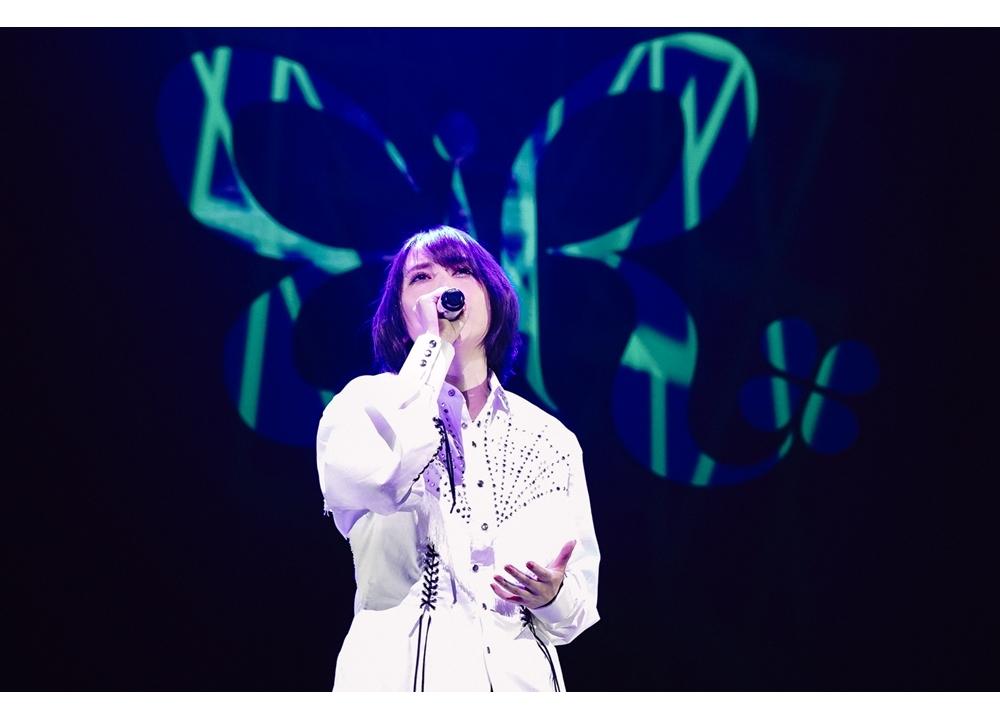 人気歌手・藍井エイル、約1年半ぶりの有観客ライブで新曲「鼓動」初披露、ツアー開催発表!