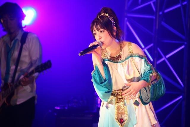 """「KOTOKO LIVE TOUR 2021""""The Fable""""」豊洲PIT千秋楽公演のオフィシャルレポート&写真が公開!-1"""
