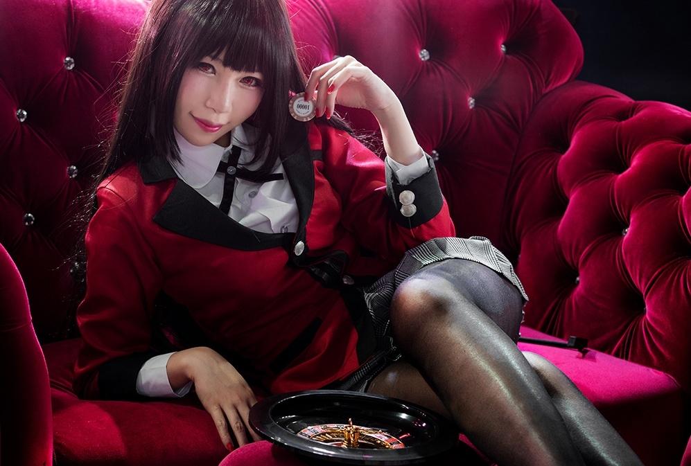 黒タイツが魅惑的なコスプレ特集│霞ヶ丘詩羽、平沢唯、蛇喰夢子など