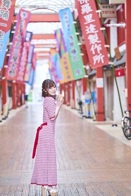 石飛恵里花さん写真集「えりか、たべる。」が9月17日発売! 撮影を終えてのオフィシャルインタビュー到着!!-1