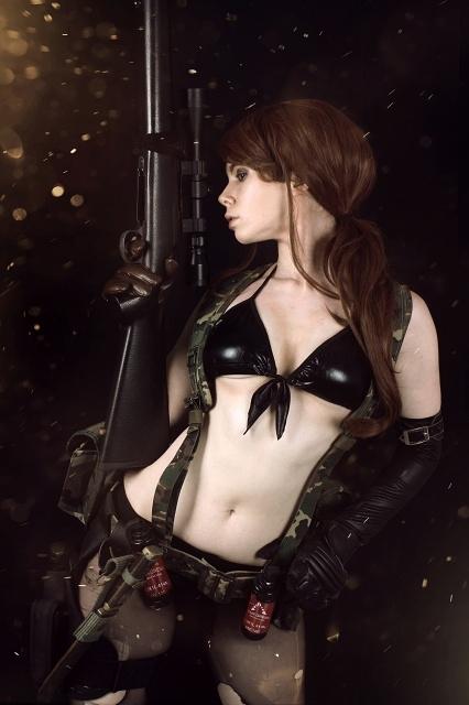 『メタルギアソリッド』シリーズよりクワイエット、EVAたちのコスプレ特集!武器を携えた彼女たちの美しい写真をお届け-1