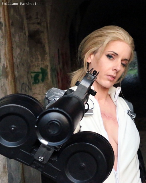 『メタルギアソリッド』シリーズよりクワイエット、EVAたちのコスプレ特集!武器を携えた彼女たちの美しい写真をお届け-9