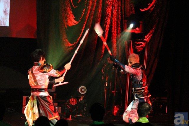 エレクトロなアニソンとダンスに、三國無双がコラボ!? 『EMERGENCY LIVE 2015』東京駅公演ライブレポート-29