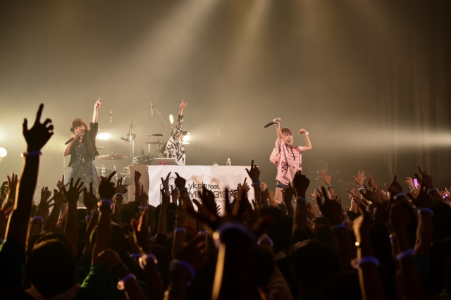 SHOW BY ROCK!!-11